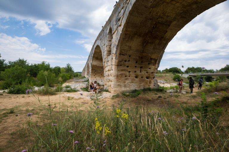 Pont Julien bridge